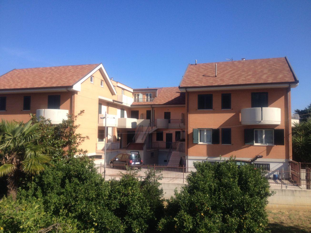 Appartamento duplex vasto rif 650d casa facile vasto for Piani di costruzione duplex