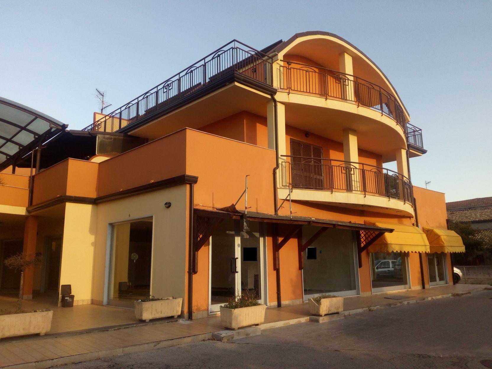 Duplex arredato in locazione vasto rif 564 casa for Locazione immobile arredato