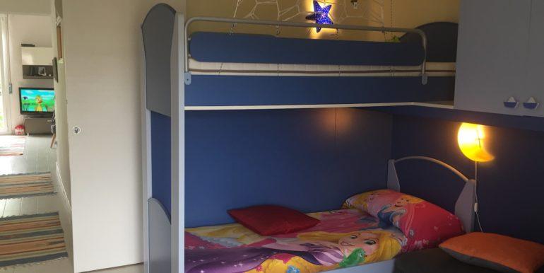 8. Camera da letto bambini-a